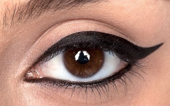 Kedi Gözü Makyajı nasıl yapılır? (Sürme çekme)
